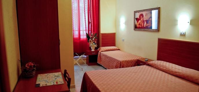 Hotel Cherubini Is A Comfortable 2 Star In The Center Of Rome Near Termini Station